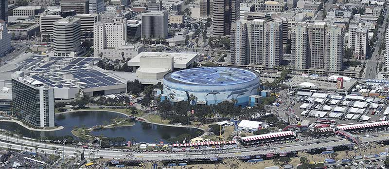 The Long Beach Convention And Entertainment Center Is An Incredible 400 000 Square Foot Multi Function Facility Right On Water Here In Sunny